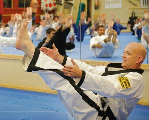 master instructor leg lift