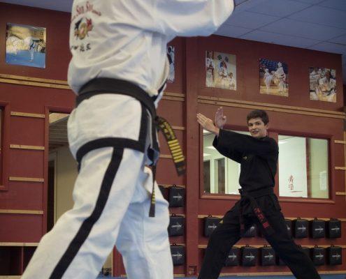 MM-instructing black belt forms